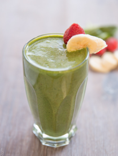 Banana Spinach Strawberry Smoothie golden stevia